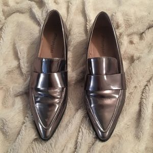 Jeffrey Campbell Metallic Pointed Toe Loafer 7